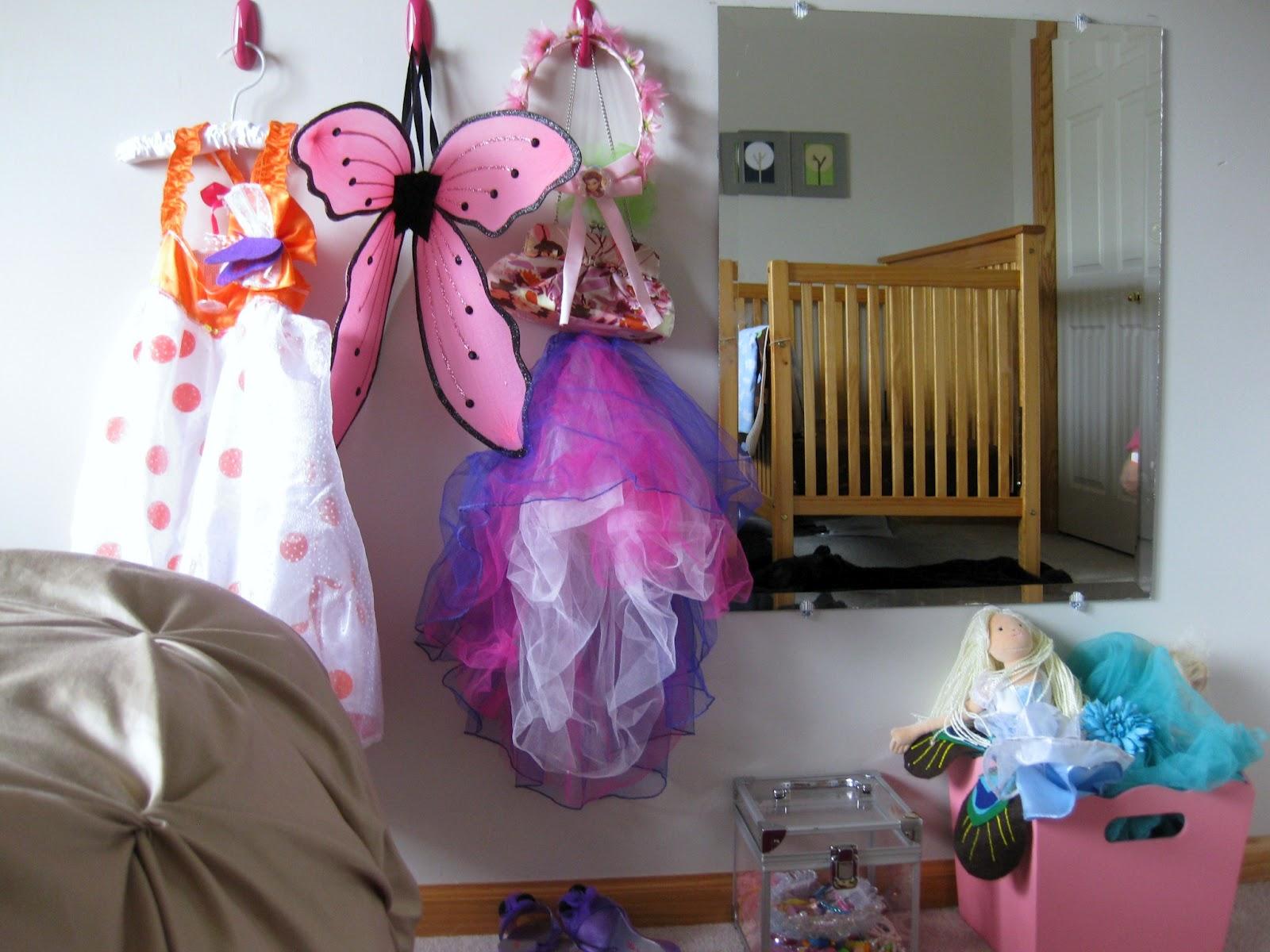 Beginner Beans Shared Kids Room Brylee S Fancy Girly Space