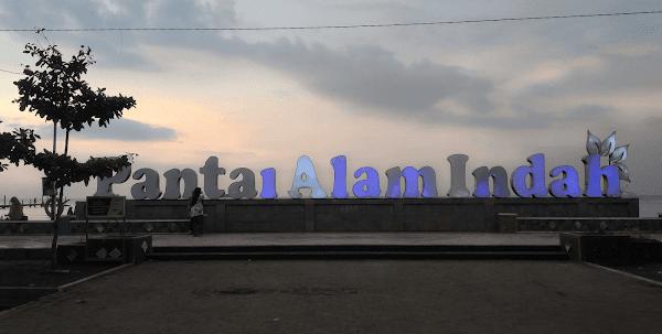 Review Pantai Alam Indah Tegal - Harga Tiket Masuk