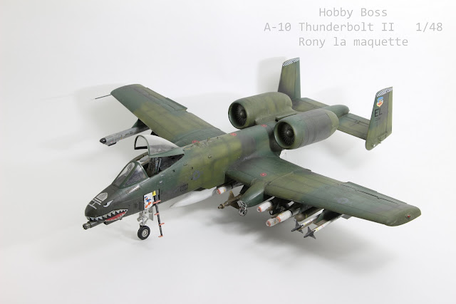 maquette du A-10 Thunderbolt II d'Hobbyboss au 1/48.