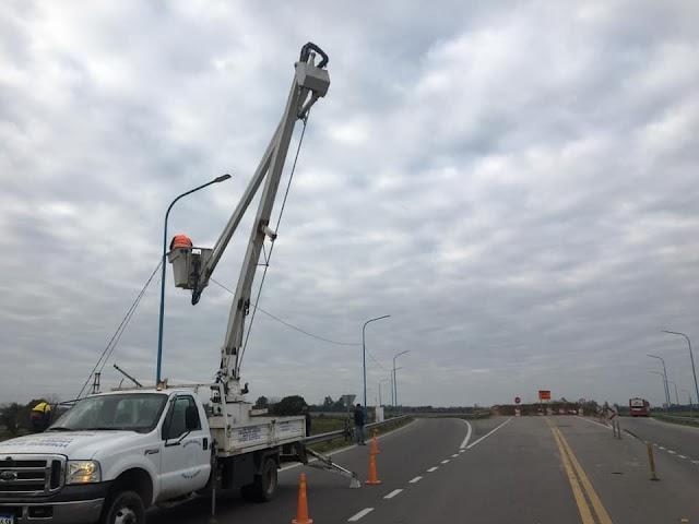 Juan Bautista Alberdi: Ya empiezan a colocar Luces LED en traza a Ruta 38