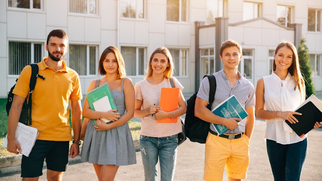 Admissions to Graduate-Level Psychology Programs in USA