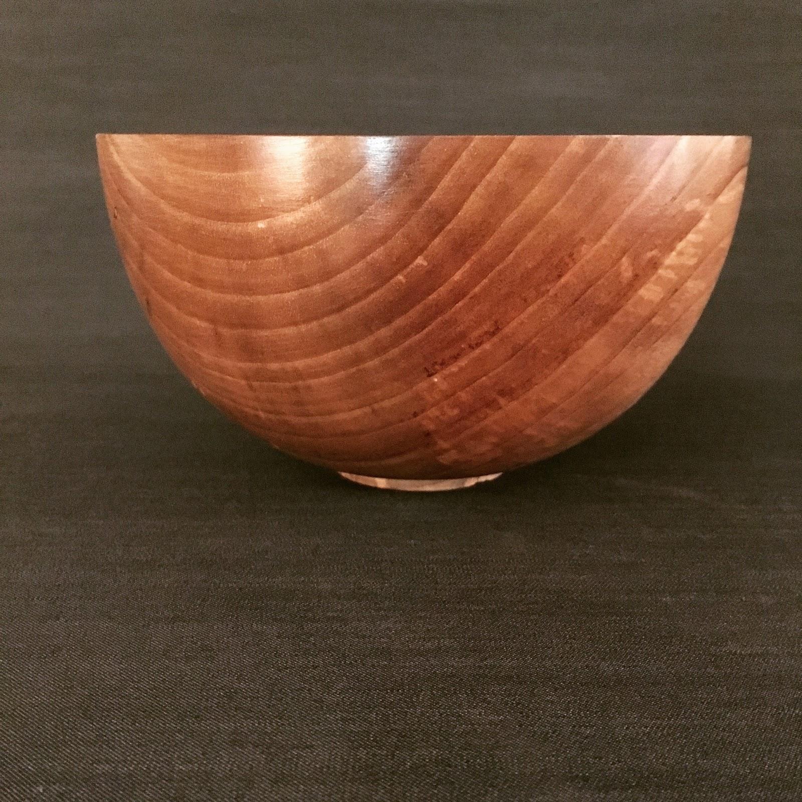 atelier du bois tourn woodturning design bol en noyer. Black Bedroom Furniture Sets. Home Design Ideas