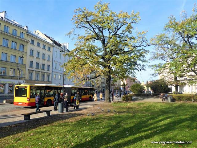 paseando por el centro de Varsovia