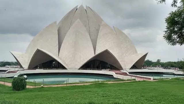 Lotus Temple - Delhi