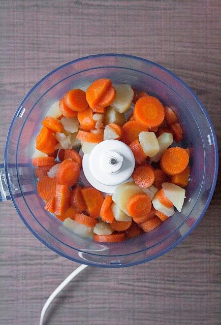 Vellutata di carote e patate, ricetta per lo svezzamento del bambino step 3