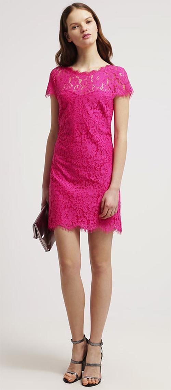 Robe courte de soirée rose en dentelle Morgan