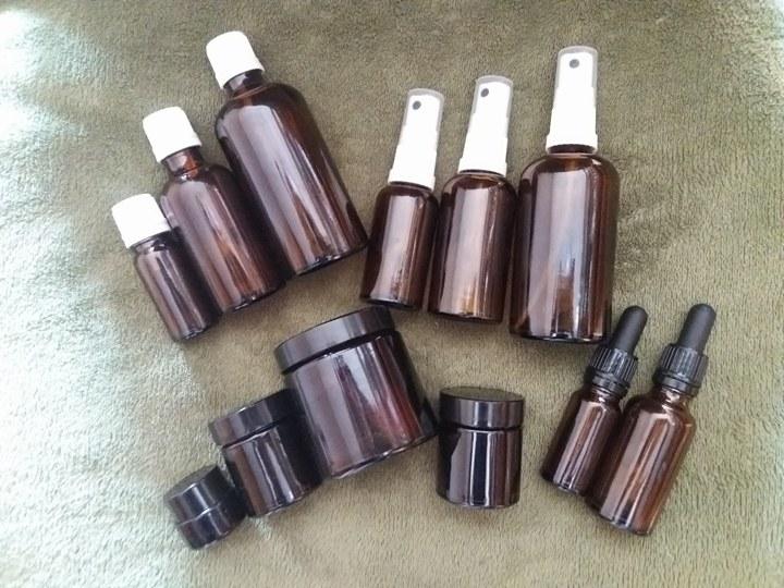 Półprodukty, zioła i pojemniczki kosmetyczne