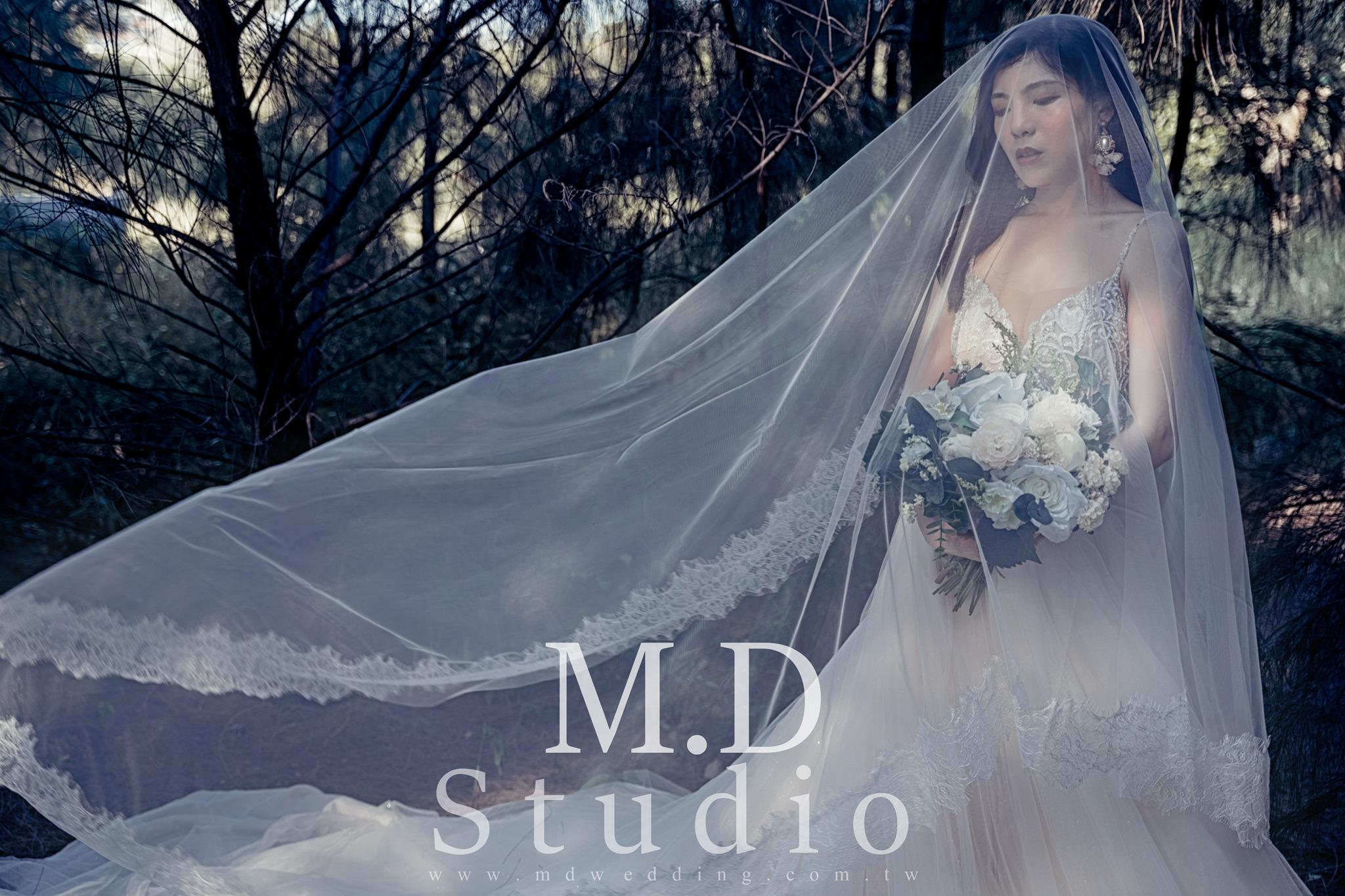 黑馬風格婚紗 時尚雜誌風 名模婚紗 歐洲風格婚紗 美式風格 逆光婚紗 台北婚紗推薦 海邊黃昏夕陽