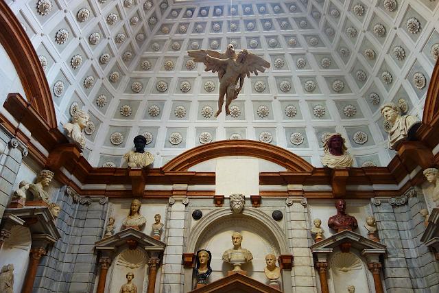 Do muzeí v Benátkách naposledy zdarma, io vado al museo, 1. neděle v měsíci