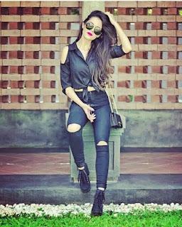 Stylish Cool Dps For Modern Girls 2019 Modern Girls WhatsApp Dps New Fashion Girls Pictures Cute Dps For Girls Fb Dps Modern Girls images and wallpapers 2019