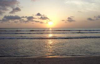 Tempat Wisata DI Bali - Pantai Kuta