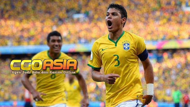 Thiago Silva bakal bergabung antara AC Milan dan Everton ? - Rumahsport.com