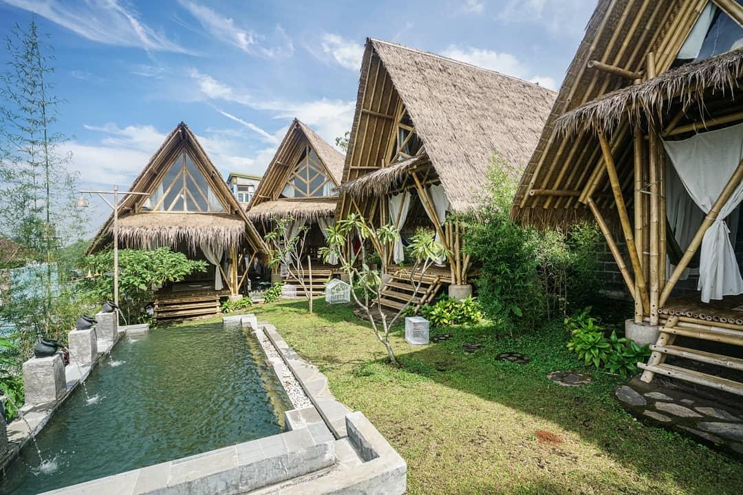bukit saung bambu penginapan di caring tilu