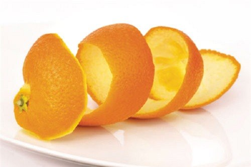 Làm đep da mặt từ vỏ cam