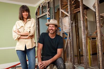 Leanne e Steve Ford conduzem reformas que valorizam a personalidade original de casas antigas - Divulgação