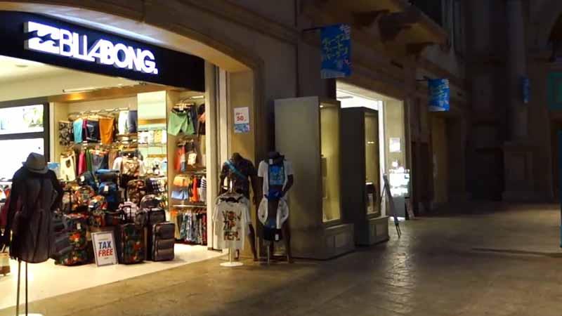 Belanja Barang Branded Murah di Jepang