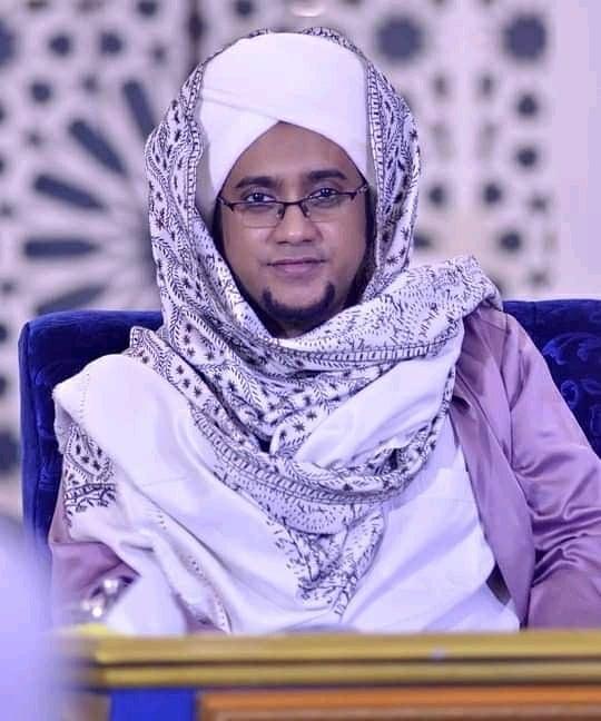 Download Wallpaper Habib Hasan 0806217