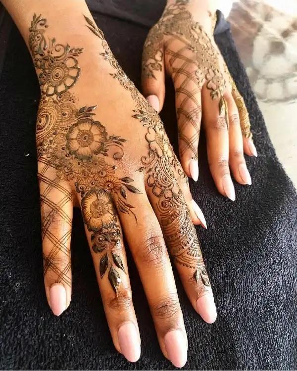 Flowers_net_mehndi_design_for_indian