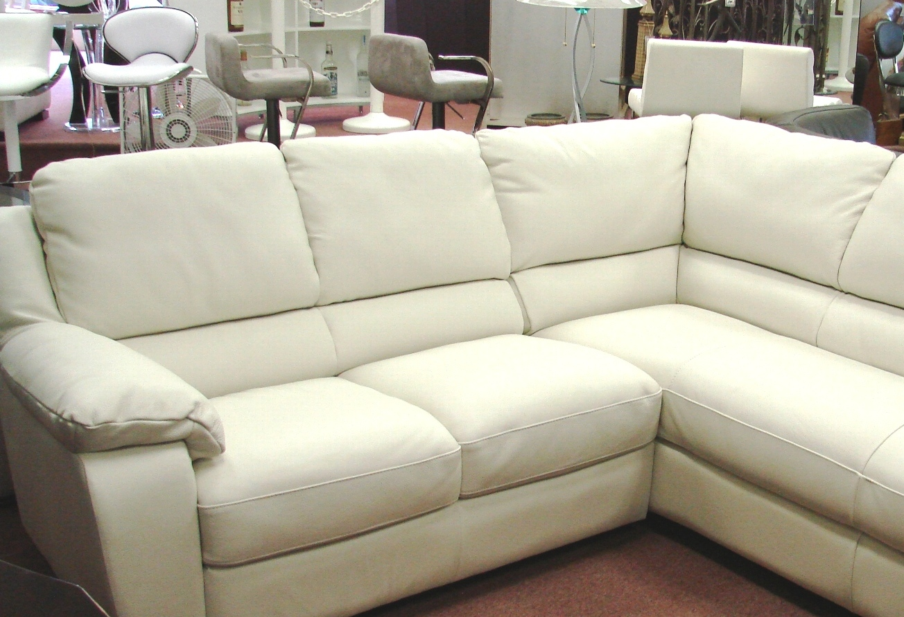 sofa mart labor day sale three seater covers online natuzzi leather sofas and sectionals by interior concepts