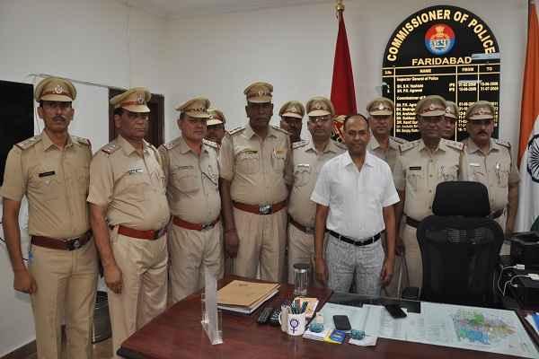 faridabad-17-sub-inspector-promoted-to-inspector-cp-sanjay-kumar