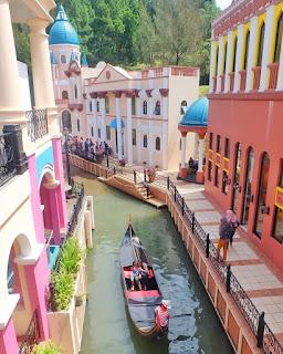 Replika kota Venice, Italia ada di Little Venice, Jawa Barat 2