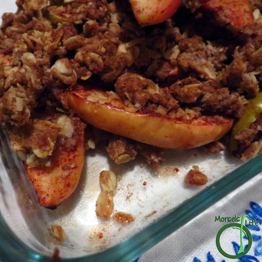 Morsels of Life - Apple Crisp - Quick and simple apple crisp with a sweetened oatmeal topping.