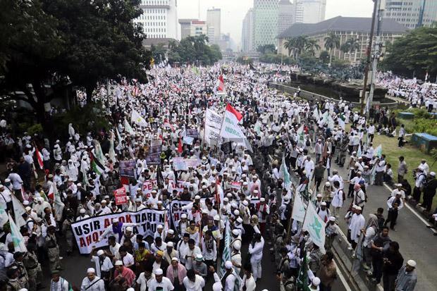 Sepi Pemberitaan; Ribuan Umat Islam Long March ke Komnas HAM Tuntut Kriminalisasi Ulama