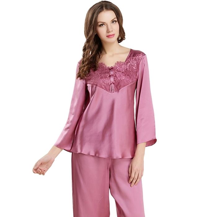 https://www.freedomsilk.com/19-momme-soft-feminine-lace-silk-pajama-set-p-3.html