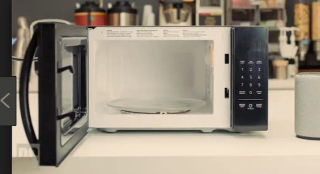 AmazonBasics Microwave, Small, 0.7 Cu. Ft, 700W,Works online buy