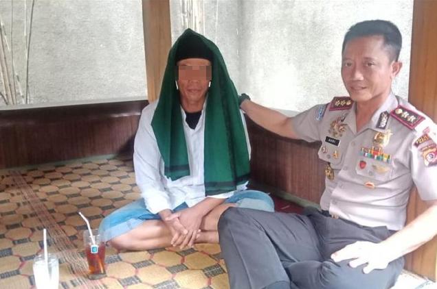 Terungkap! Pembawa Bendera Berkalimat Tauhid yang Dibakar Ternyata Bukan Santri Undangan