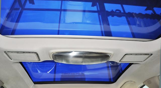 Mercedes Maybach S450 4MATIC 2018 trang bị cửa sổ trời siêu rộng Panoramic có thể đổi màu kính