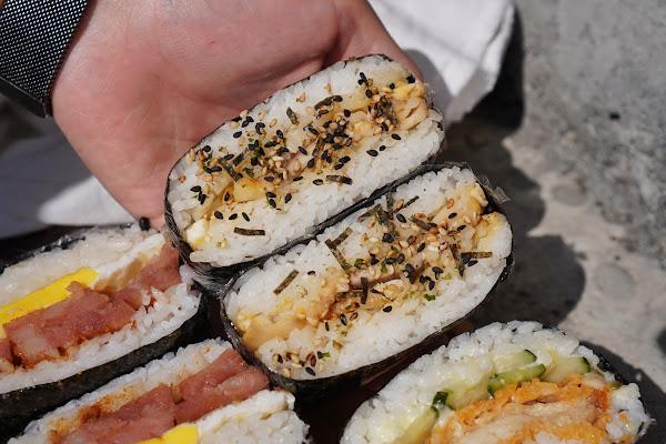 台南東區美食【飯賣集糰】餐點介紹-金沙杏鮑菇飯糰
