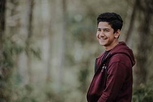 Syakir Daulay Senyum