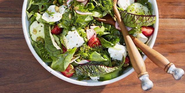 Arugula Salad with Strawberries and Pepitas