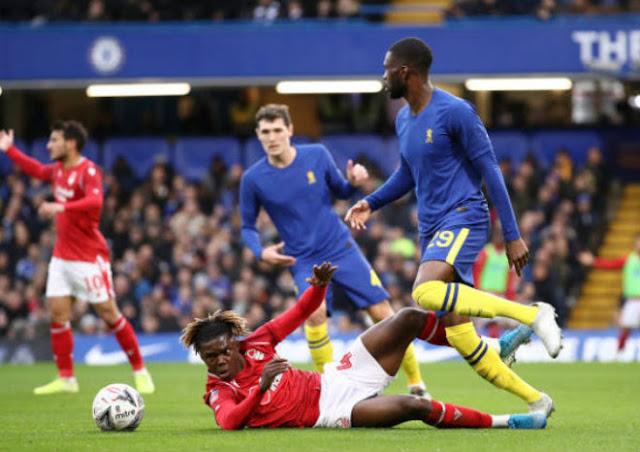 "Video Chelsea 2-0 Nottingham Forest: SAO 19 tuổi ""mở khóa"", VAR cứu nguy"