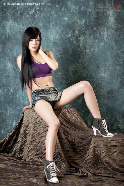 9 Hwang Mi Hee-Purple Sport Bra-very cute asian girl-girlcute4u.blogspot.com