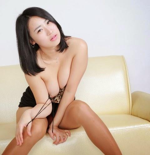 big fat asian pussy spreading