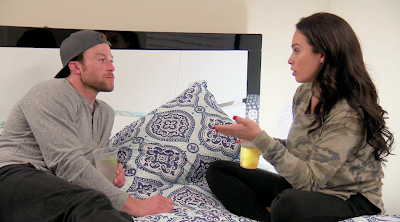 Danny and Naya having a heart-to-heart on TLC's 'The Spouse House'.