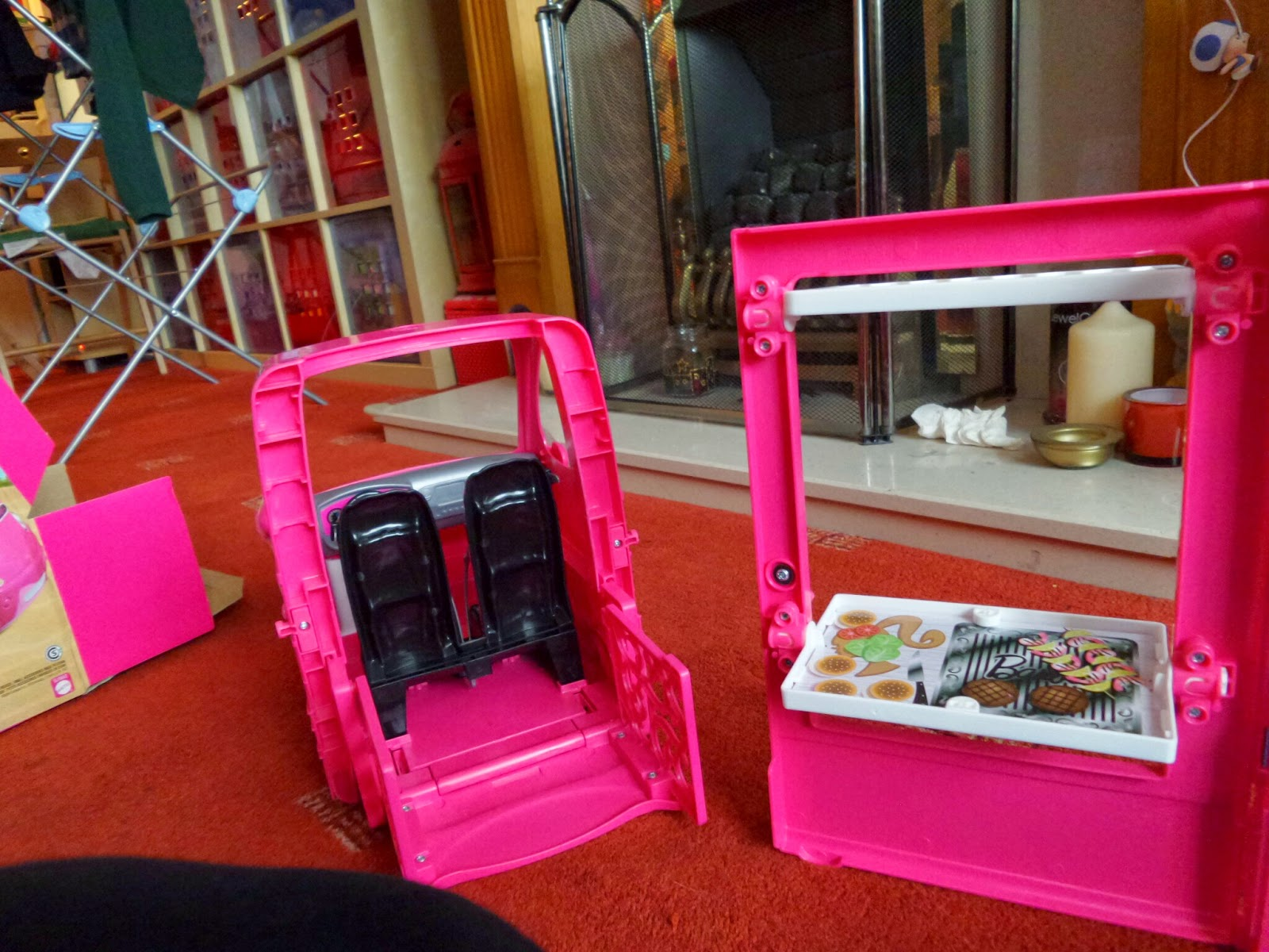 Barbie Glam Camper the front and grill #Review