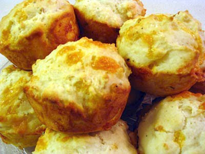 Cracked Black Pepper Cheddar Muffins