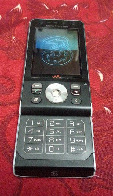 Sony Ericsson W910i_2