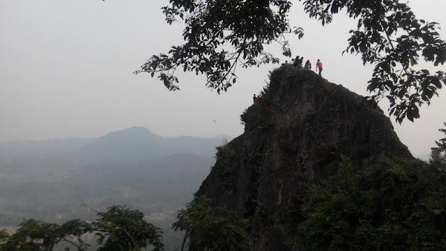 Situs Gunung Munara