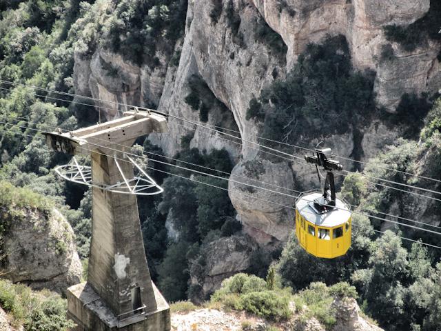 Telefericul-Montserrat-Barcelona-blog-FOTO-IDEEA