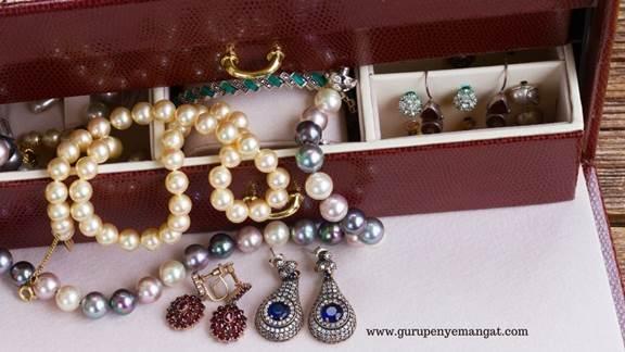 Rekomendasi beli emas Perhiasan