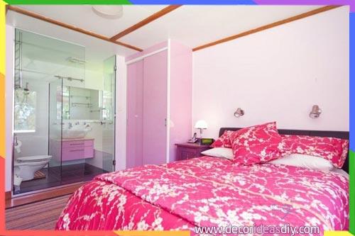 غرف نوم مع كابنات استحمام زجاجية