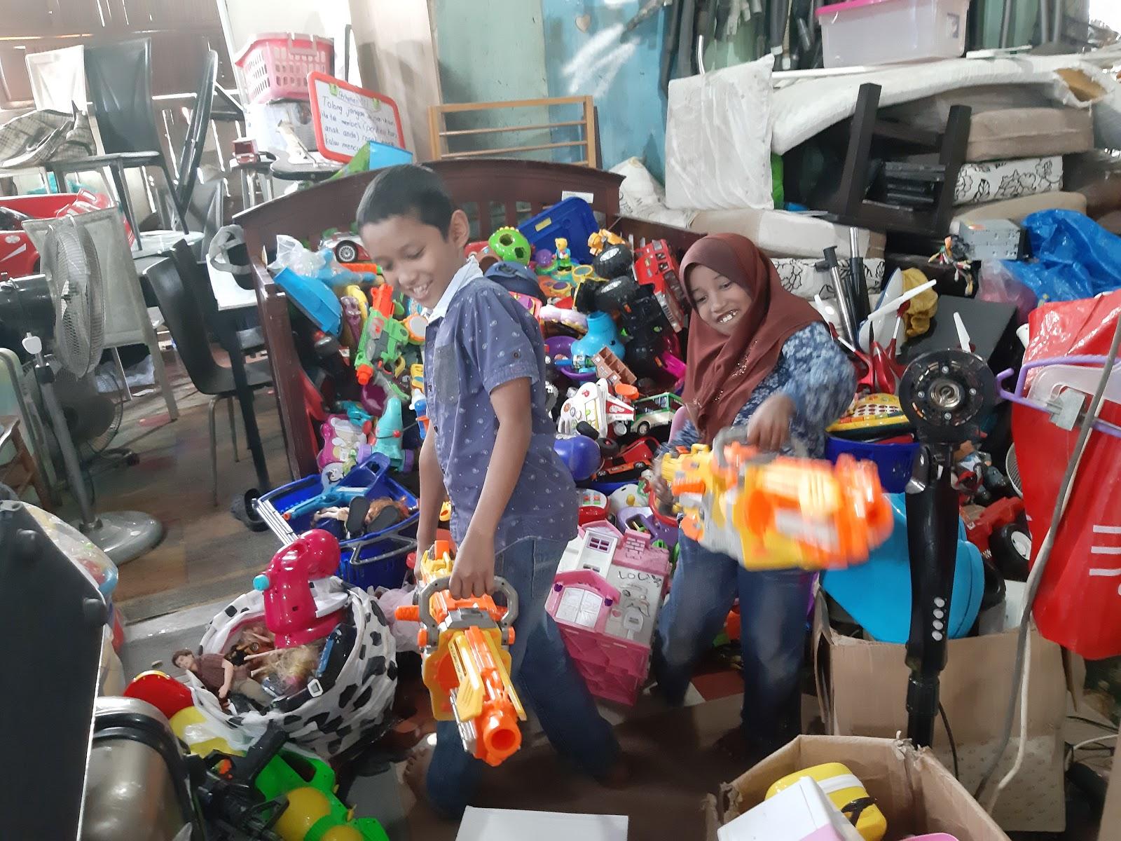 Perjalanan Hidup Hud Siblings Tour Bahagian 2 Pasar Karat Rengit
