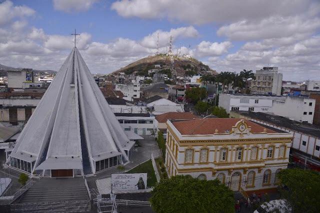 Diocese de Caruaru se pronuncia após decreto do Governo de Pernambuco