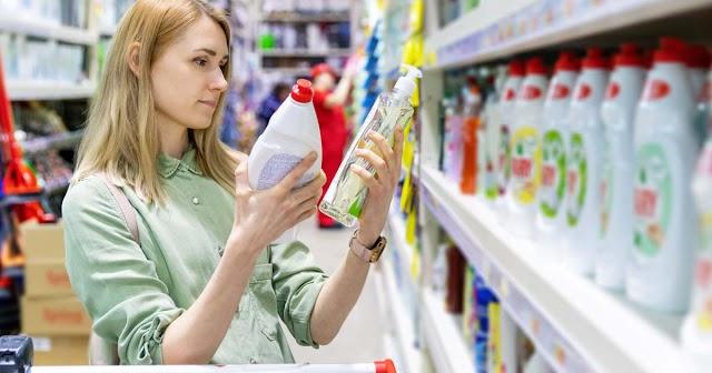 A Tudatos Vásárlók Egyesülete applikációval segíti a környezetbarát tisztítószerek kiválasztását