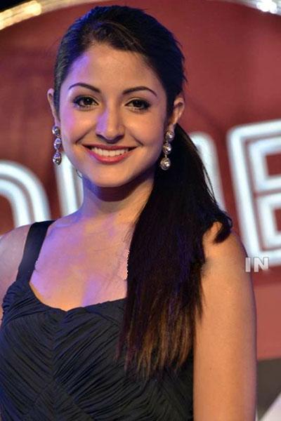 Top 10 Most Beautiful Bollywood Actresses 2015 Anushka Sharma