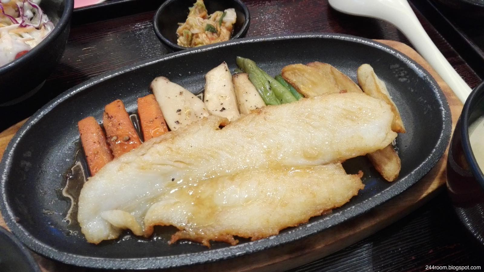 タイやよい軒の定食 Thai-yayoiken-teishoku